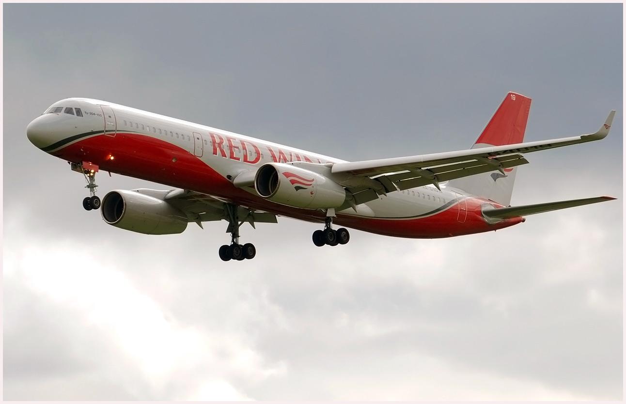 Ту 204 100 самолет ту 204 имеет